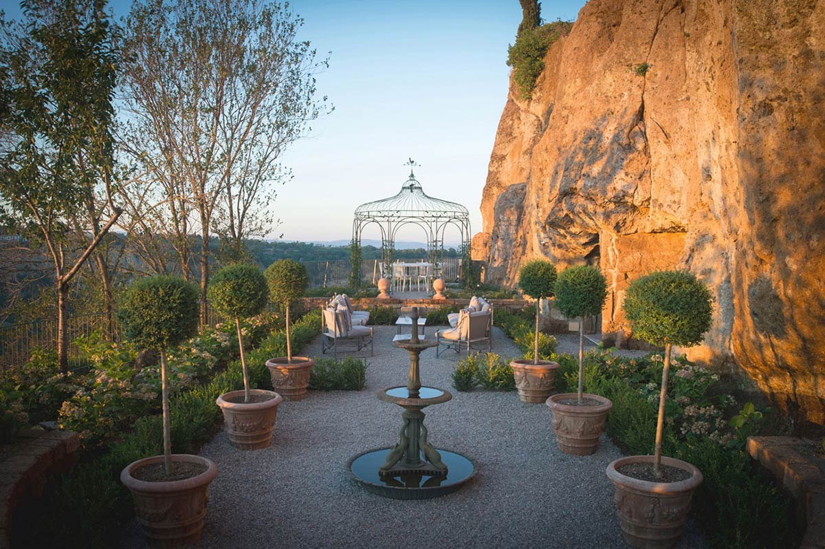 Garden, Stunning Renovation in Civita di Bagnoregio by Studio F