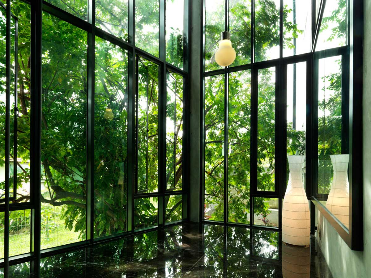 Glass Walls, S11 House in Selangor, Malaysia by ArchiCentre