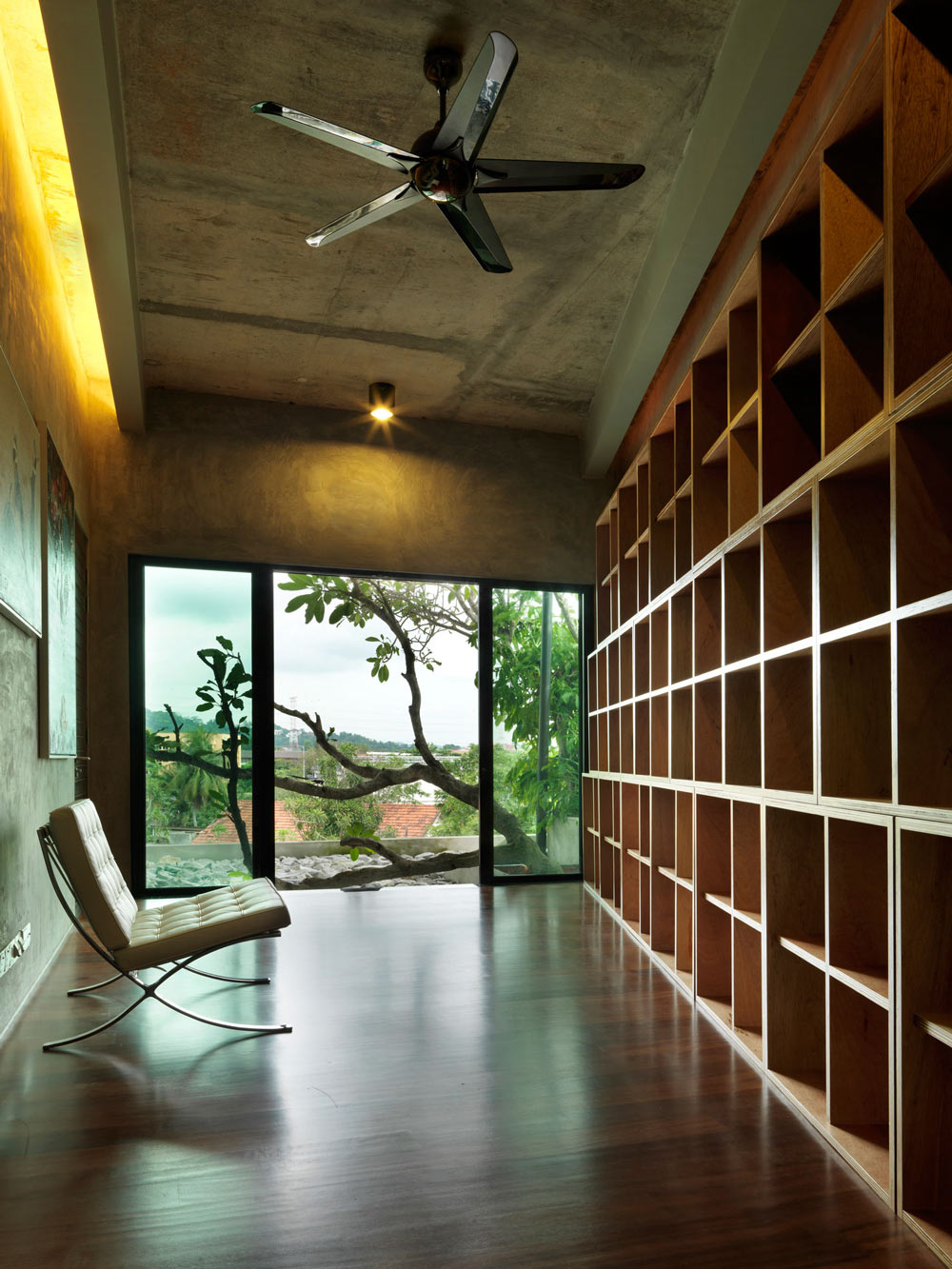 Shelving, S11 House in Selangor, Malaysia by ArchiCentre