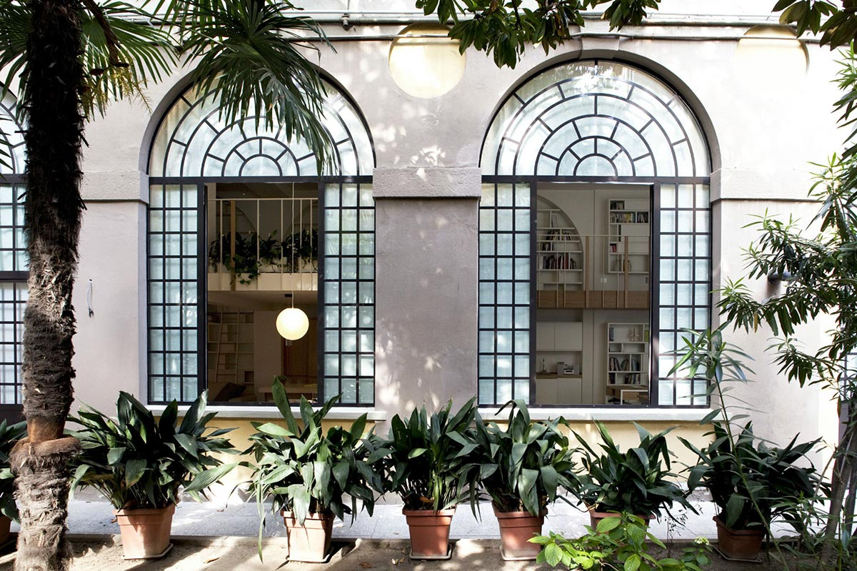 T House in Sant'Ambrogio, Milan by Takane Ezoe + Modourbano