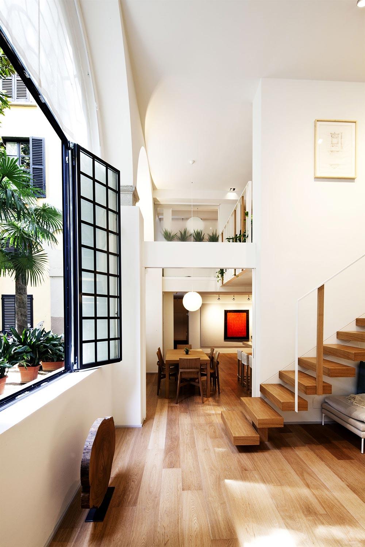 Dining Space, T House in Sant'Ambrogio, Milan by Takane Ezoe + Modourbano