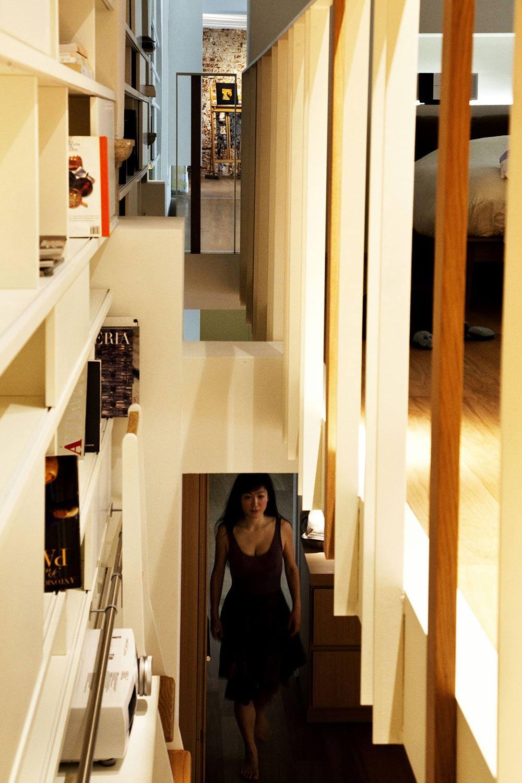 Hall, T House in Sant'Ambrogio, Milan by Takane Ezoe + Modourbano
