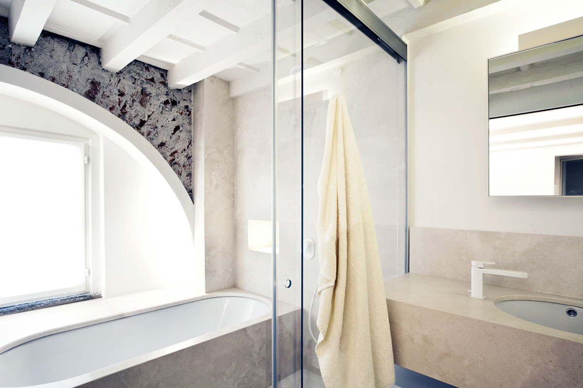 Marble Bath, Sliding Glass Doors, T House in Sant'Ambrogio, Milan by Takane Ezoe + Modourbano