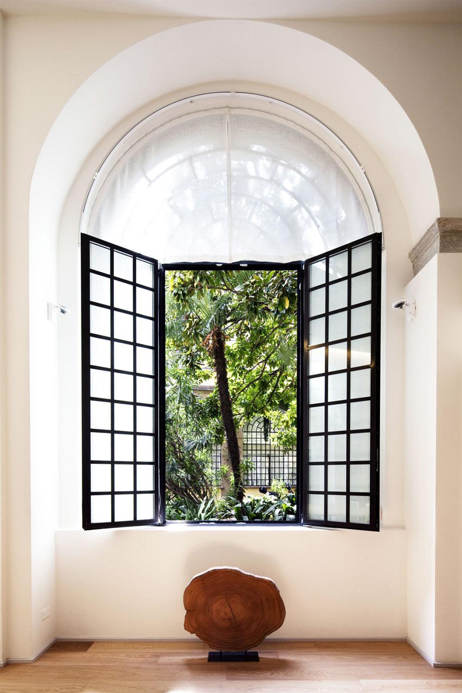 Window, T House in Sant'Ambrogio, Milan by Takane Ezoe + Modourbano
