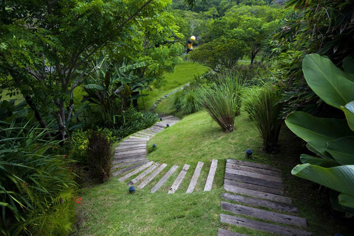 Garden Steps, Tantangan Villa in Bali by Word of Mouth Architecture