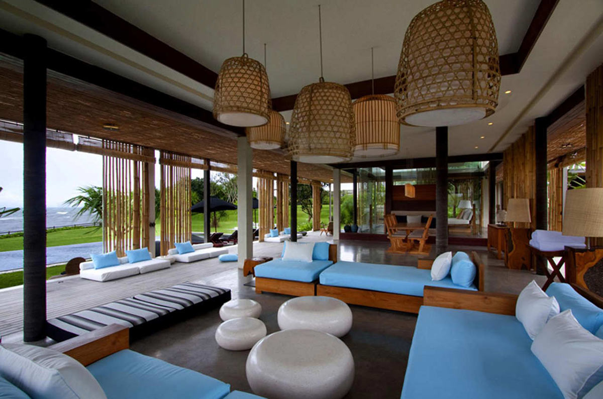 Tantangan villa in bali by word of mouth architecture for Beach villa interior design