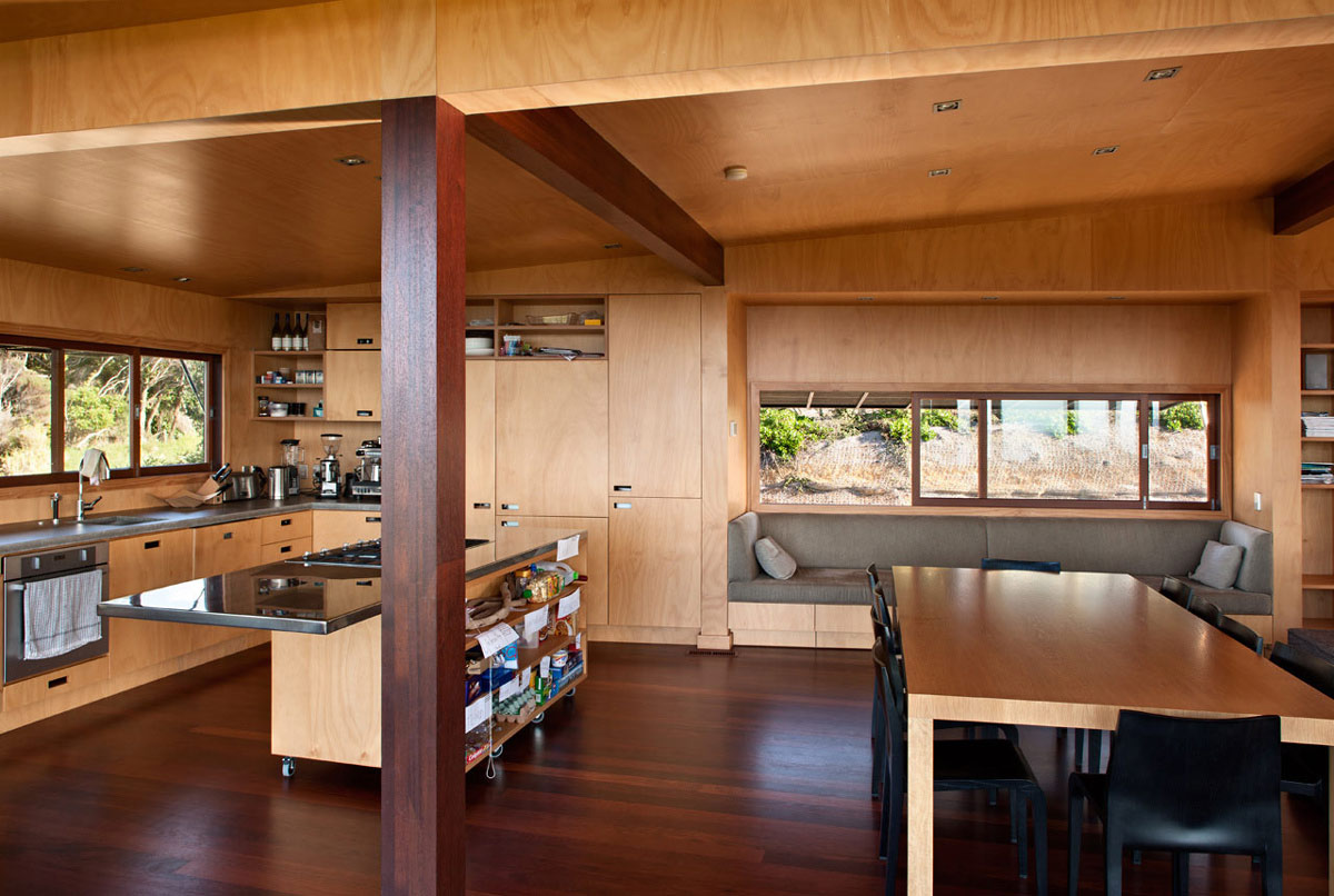 Kitchen Island, Dining Table, Tutukaka House in New Zealand by Crosson Clarke Carnachan Architects