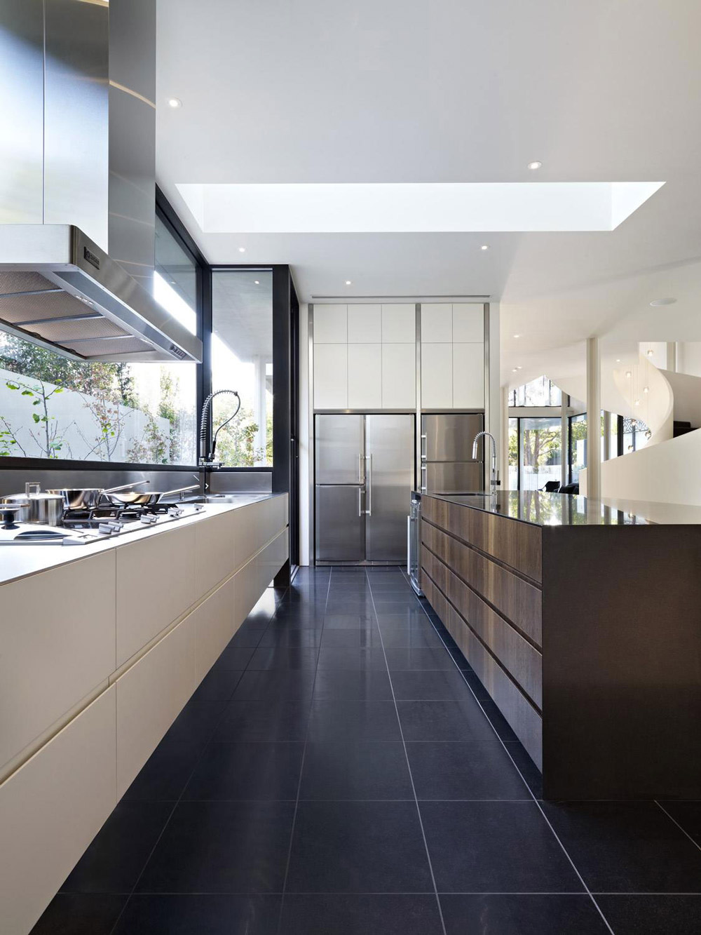 Modern Kitchen, Island, Verdant Avenue Home in Melbourne, Australia by Robert Mills Architects