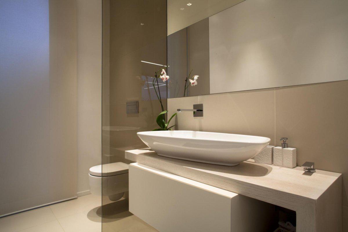 Modern Sink, Villa con Piscina in Catania, Italy by Sebastiano Adragna