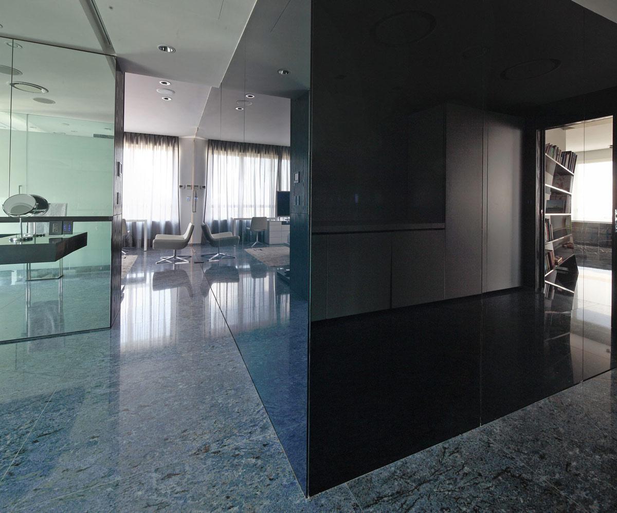 Dark Walls, Modern Apartment in Buenos Aires, Argentina by vEstudio Arquitectura