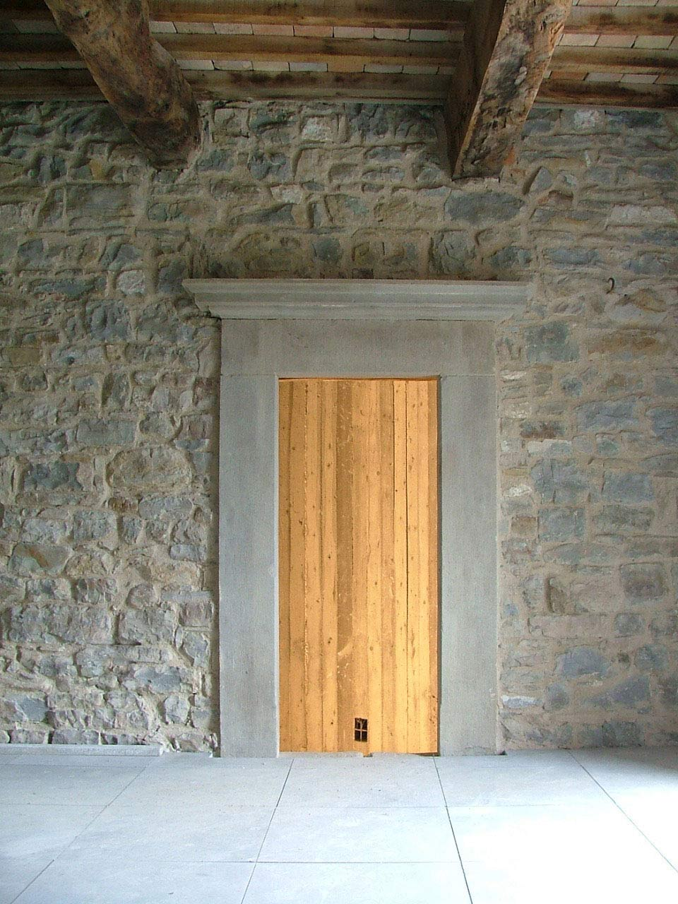 Stone Wall, Wooden Door, Torre Moravola Boutique Hotel in Montone, Italy