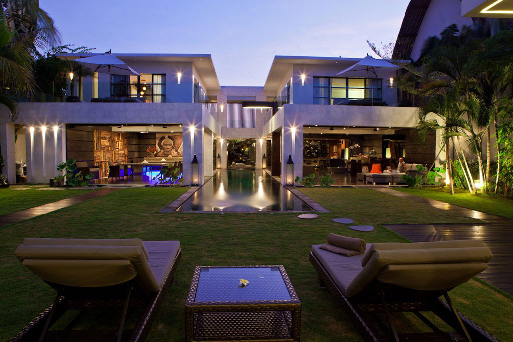 Swimming Pool, Lighting, Casa Hannah in Bali, Indonesia by Bo Design