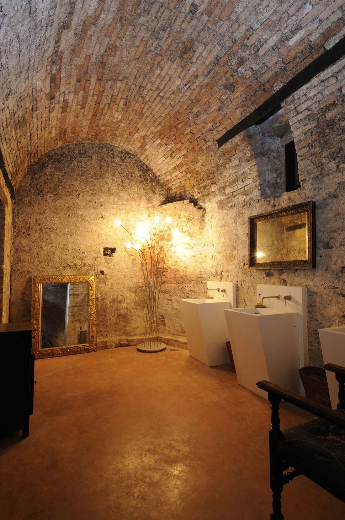 Bathroom, Sinks, Lighting, Castello di Semivicoli Hotel in Casacanditella, Italy