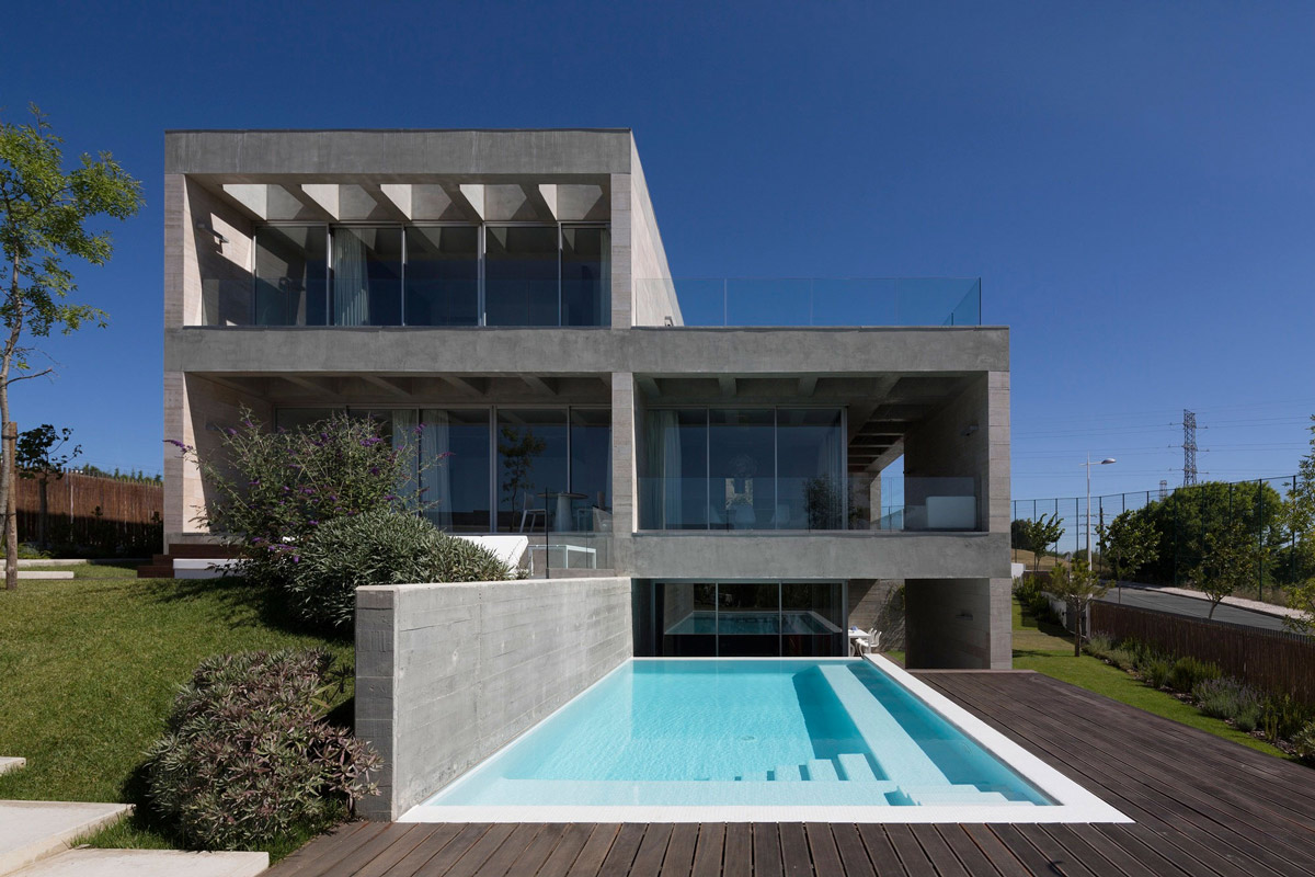 Decking, Pool, C+P House in Lisbon, Portugal by Gonçalo das Neves Nunes