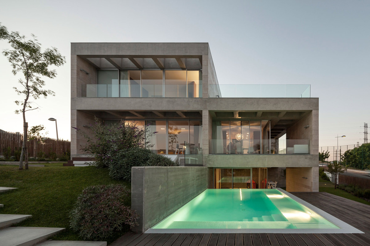 Pool Lighting, Decking, C+P House in Lisbon, Portugal by Gonçalo das Neves Nunes