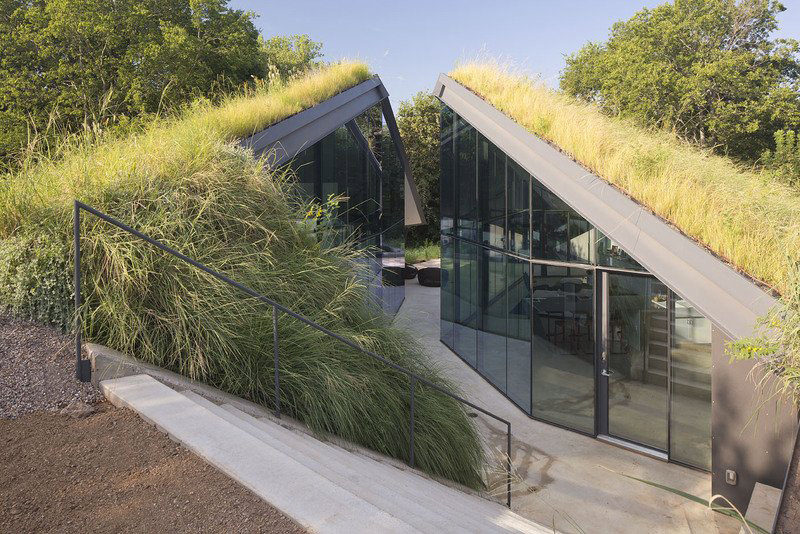Pit House, Grass Roof, Edgeland Residence on the Colorado River by Bercy Chen Studio