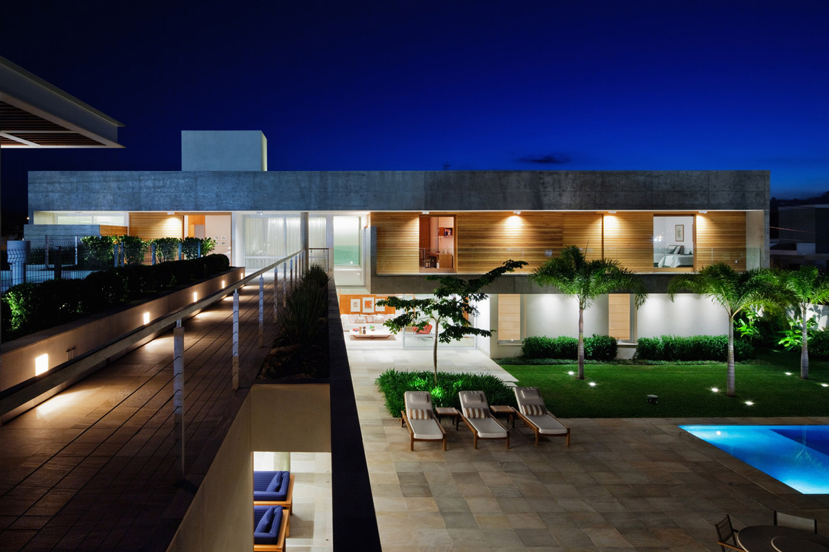 Terrace, Balcony, Lighting, FG Residence in Araraquara, Brazil