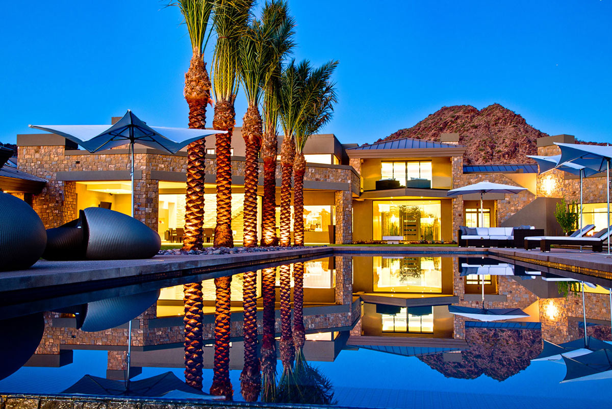 Pool, Lighting, Ironwood Estate in Paradise Valley, Arizona by Kendle Design Collaborative
