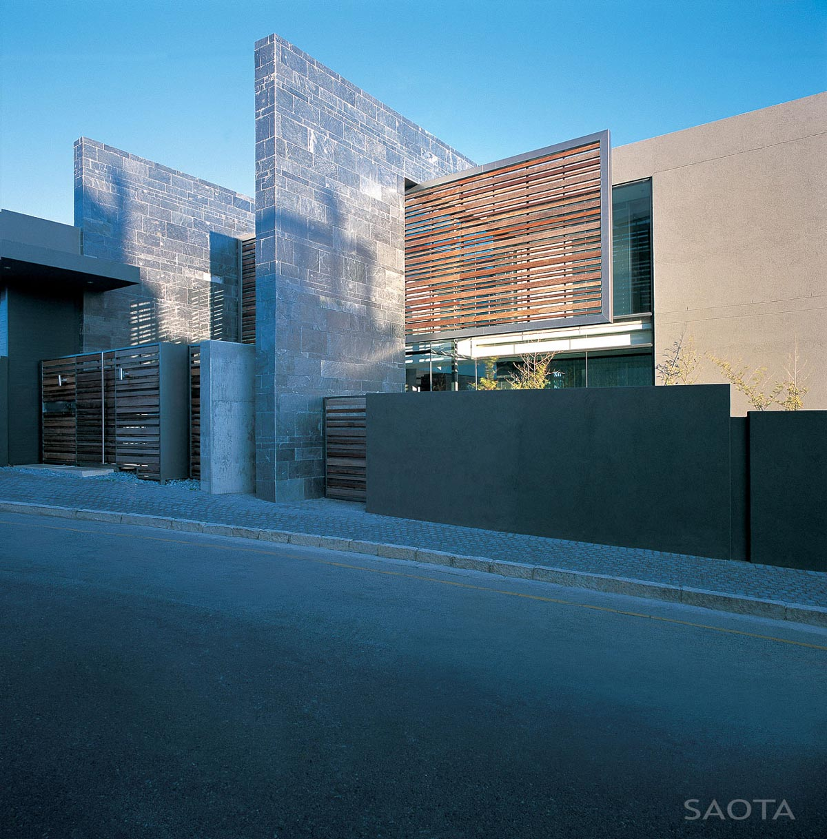 Entrance, St Leon 10 in Cape Town, South Africa by SAOTA and Antoni Associates