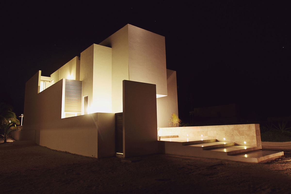 Front Steps, Tuunich Kanab in San Bruno, Mexico by Seijo Peon Arquitectos