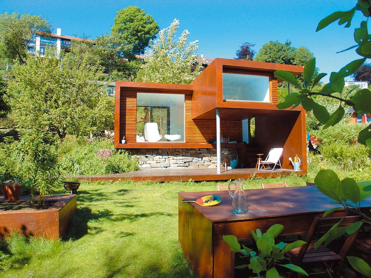 Casa Kolonihagen in Stavanger, Norway by Tommie Wilhelmsen