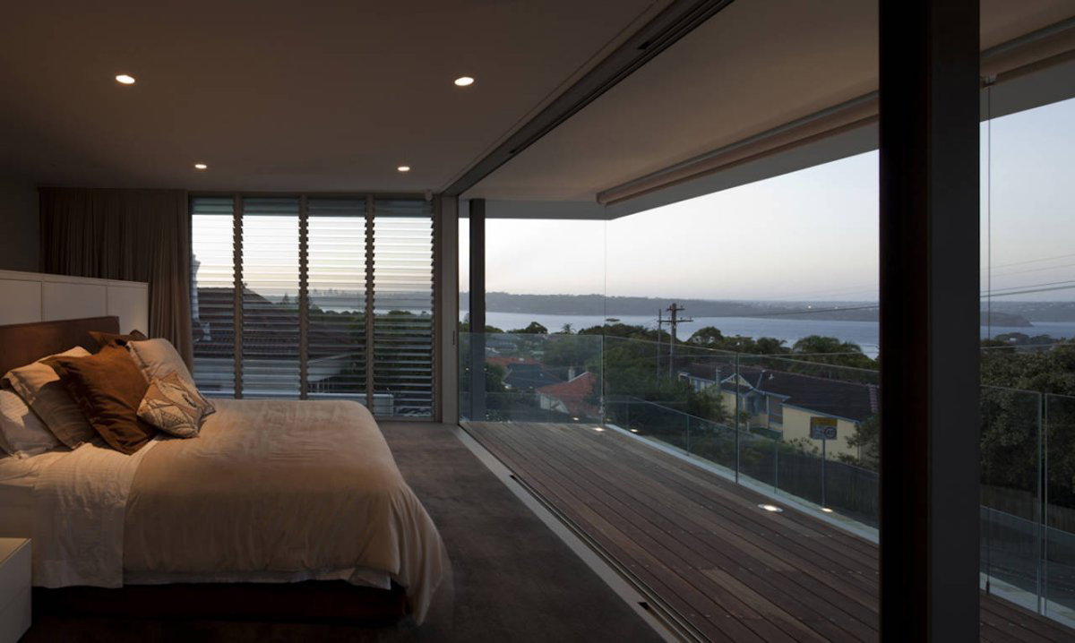 Bedroom, Vaucluse House in Sydney, Australia by MPR Design Group