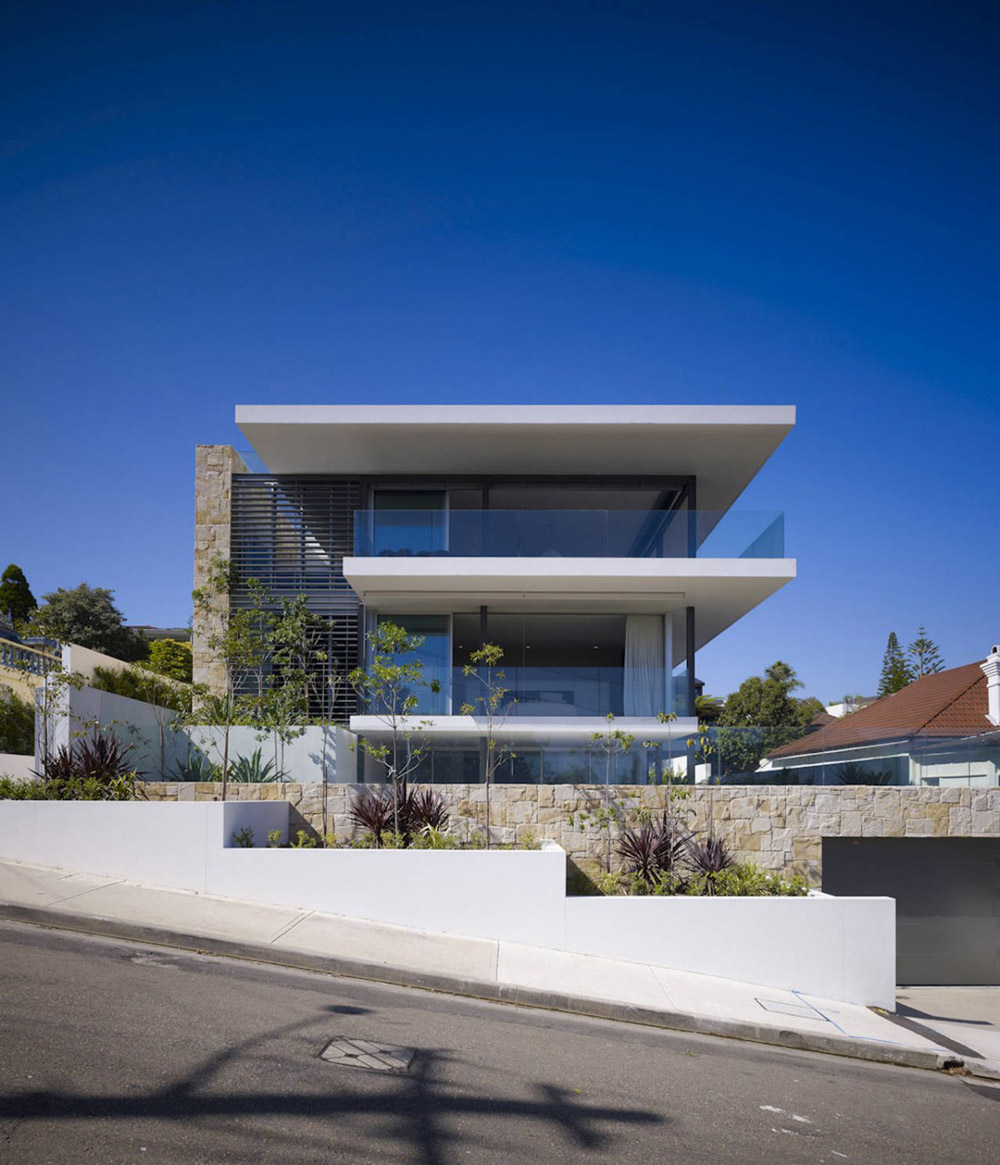 Street View, Vaucluse House in Sydney, Australia by MPR Design Group