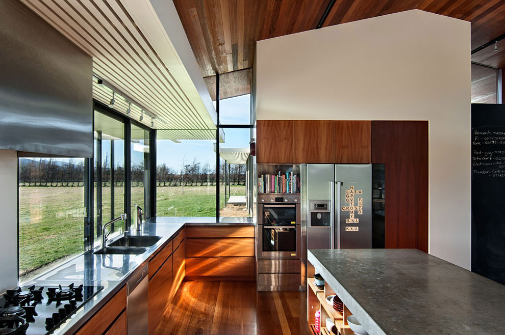 Kitchen Island, Wairau Valley House in Rapaura, New Zealand by Parsonson Architects