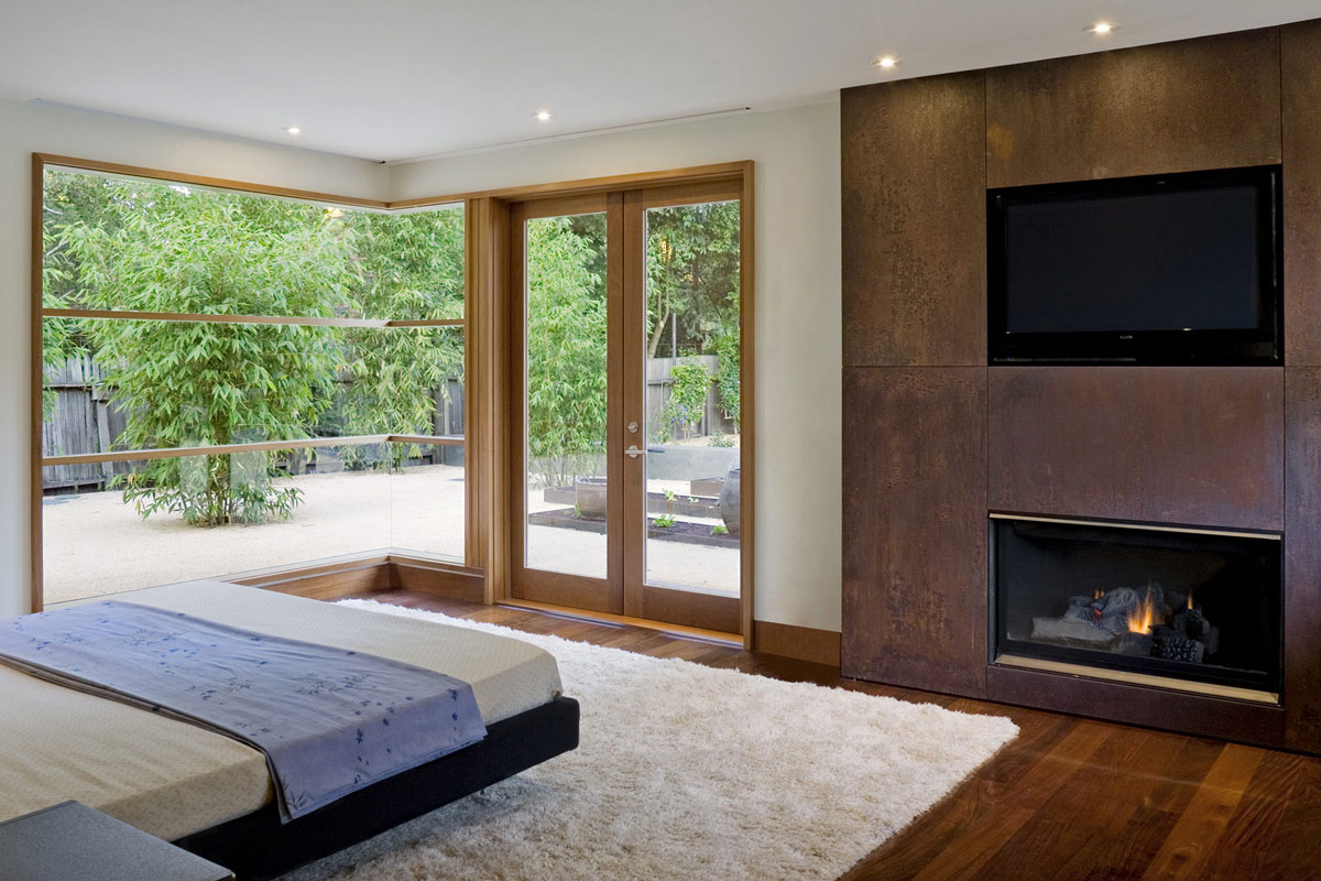 Bedroom, Rug, Wheeler Residence in Menlo Park, California by William Duff Architects