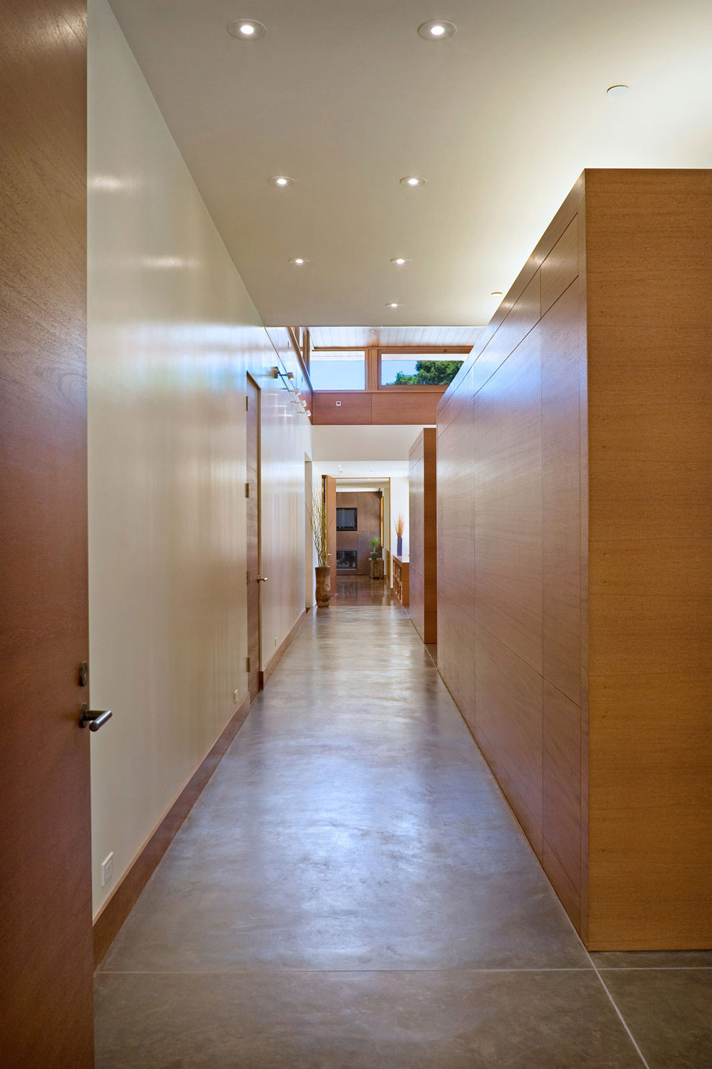 Hallway, Wheeler Residence in Menlo Park, California by William Duff Architects