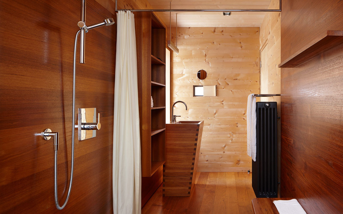 Wooden Sink, Bathroom, Zumthor Vacation Homes in Leis, Switzerland