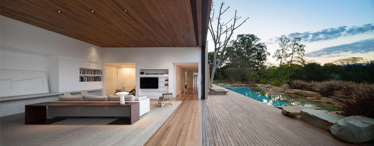 Living Space, Outdoor Pool, Casa Itu in São Paulo, Brazil by Studio Arthur Casas