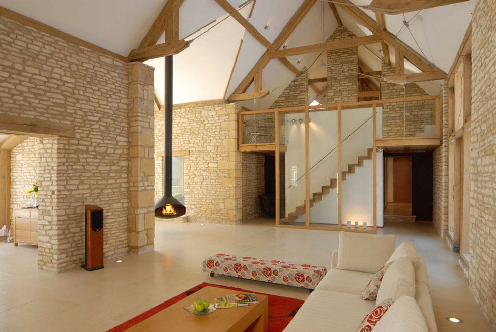 Conservatory, Fireplace, High Ceilings, 18th-Century Barn Conversion in the Cotswolds, England