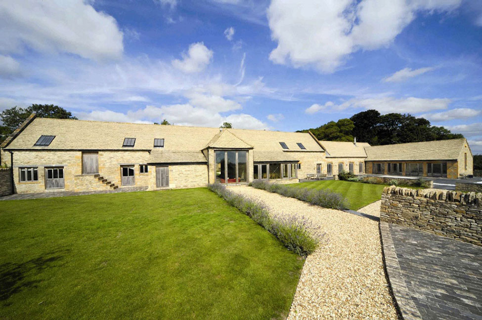 18th-Century Barn Conversion in the Cotswolds, England