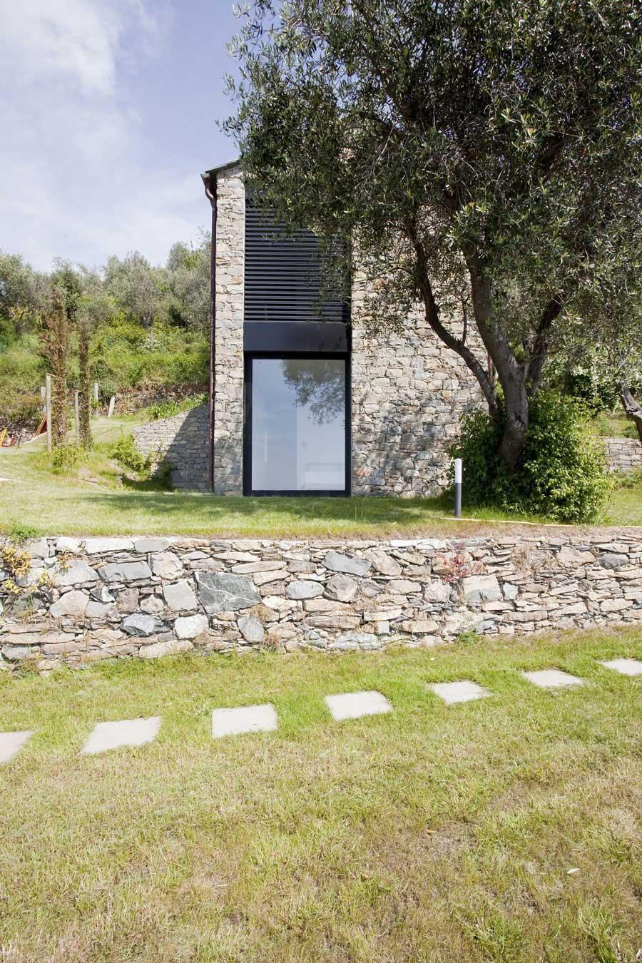 Farmhouse in Riomaggiore, Italy by A2BC Architects and SibillAssociati