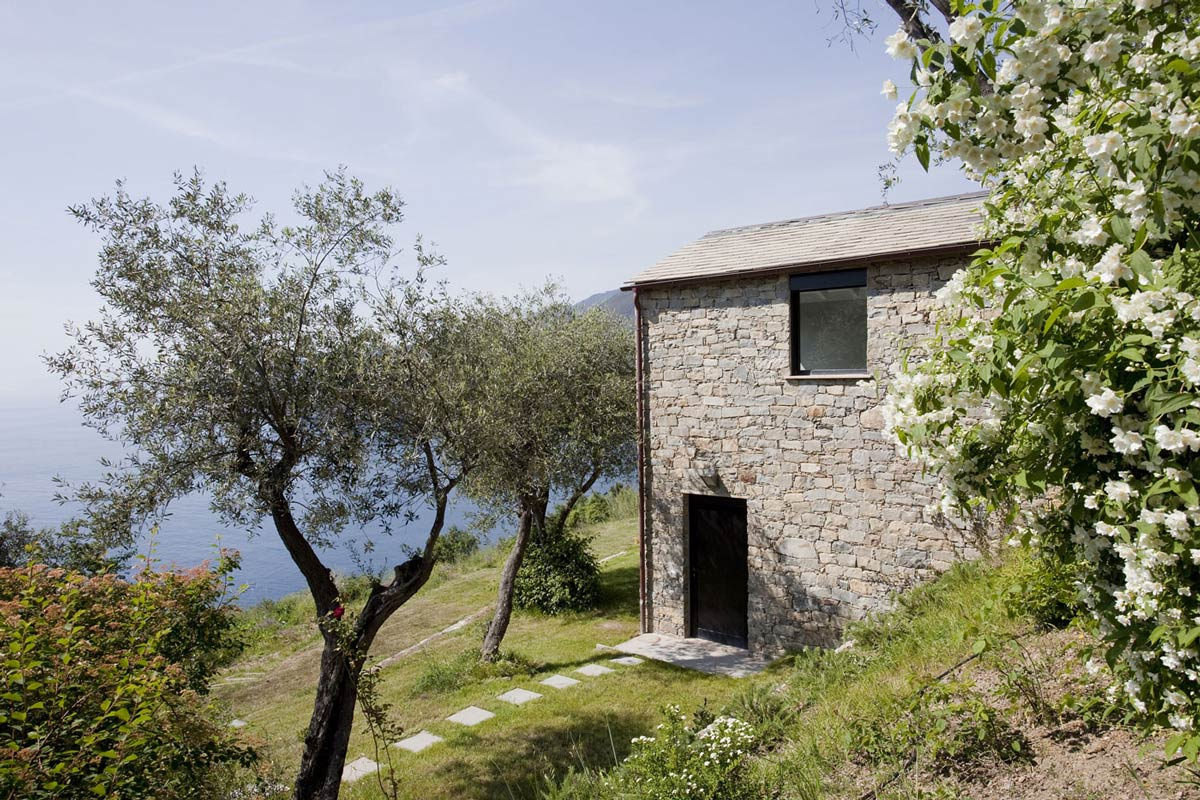 Sea Views, Farmhouse in Riomaggiore, Italy by A2BC Architects and SibillAssociati