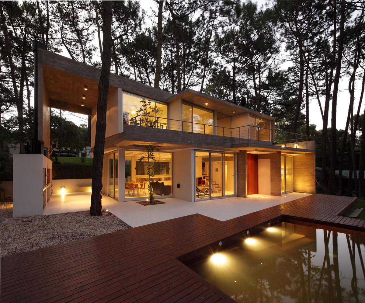 Modern Concrete House In Caril Argentina