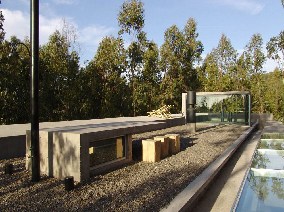 Roof Terrace, Omnibus House in Cachagua, Chile by Gubbins Arquitectos