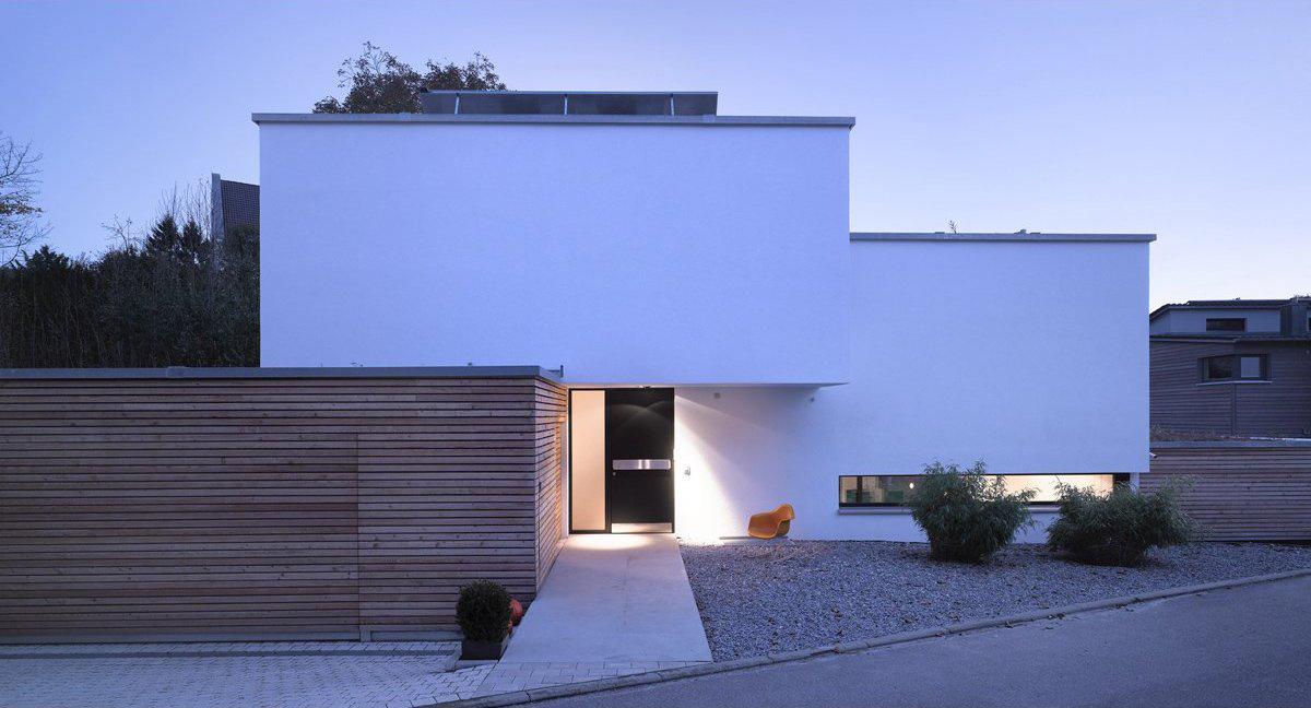 Entrance, House Zochental in Aalen, Germany by Liebel Architekten BDA
