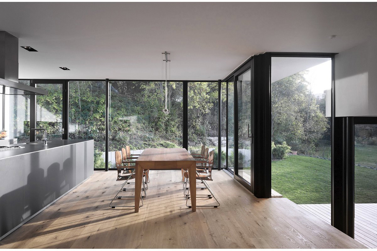 Wooden Dining Table, House Zochental in Aalen, Germany by Liebel Architekten BDA