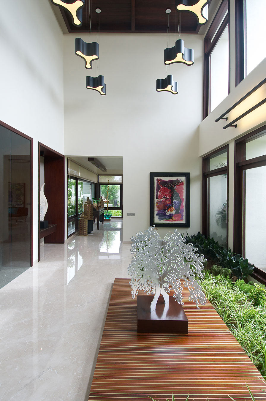 Art, Lighting, Contemporary House in Ahmedabad, India