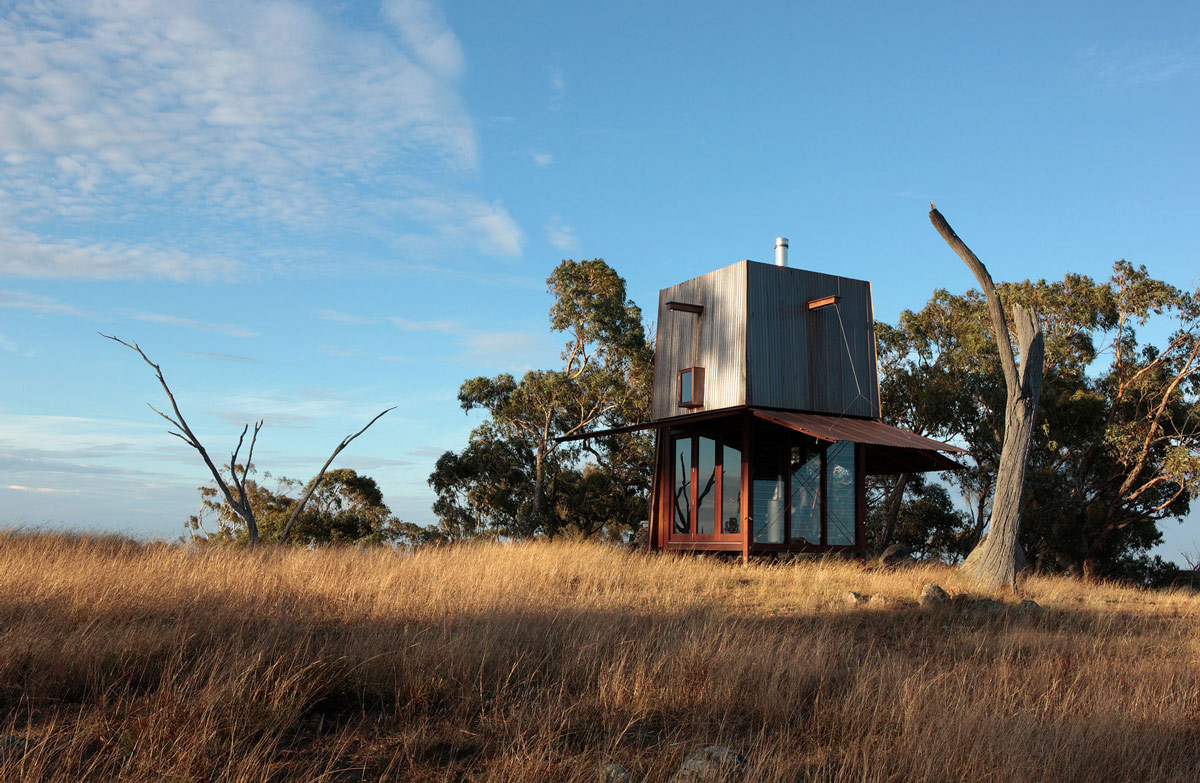 the mudgee tower was completed in 2011 by the sydney based studio