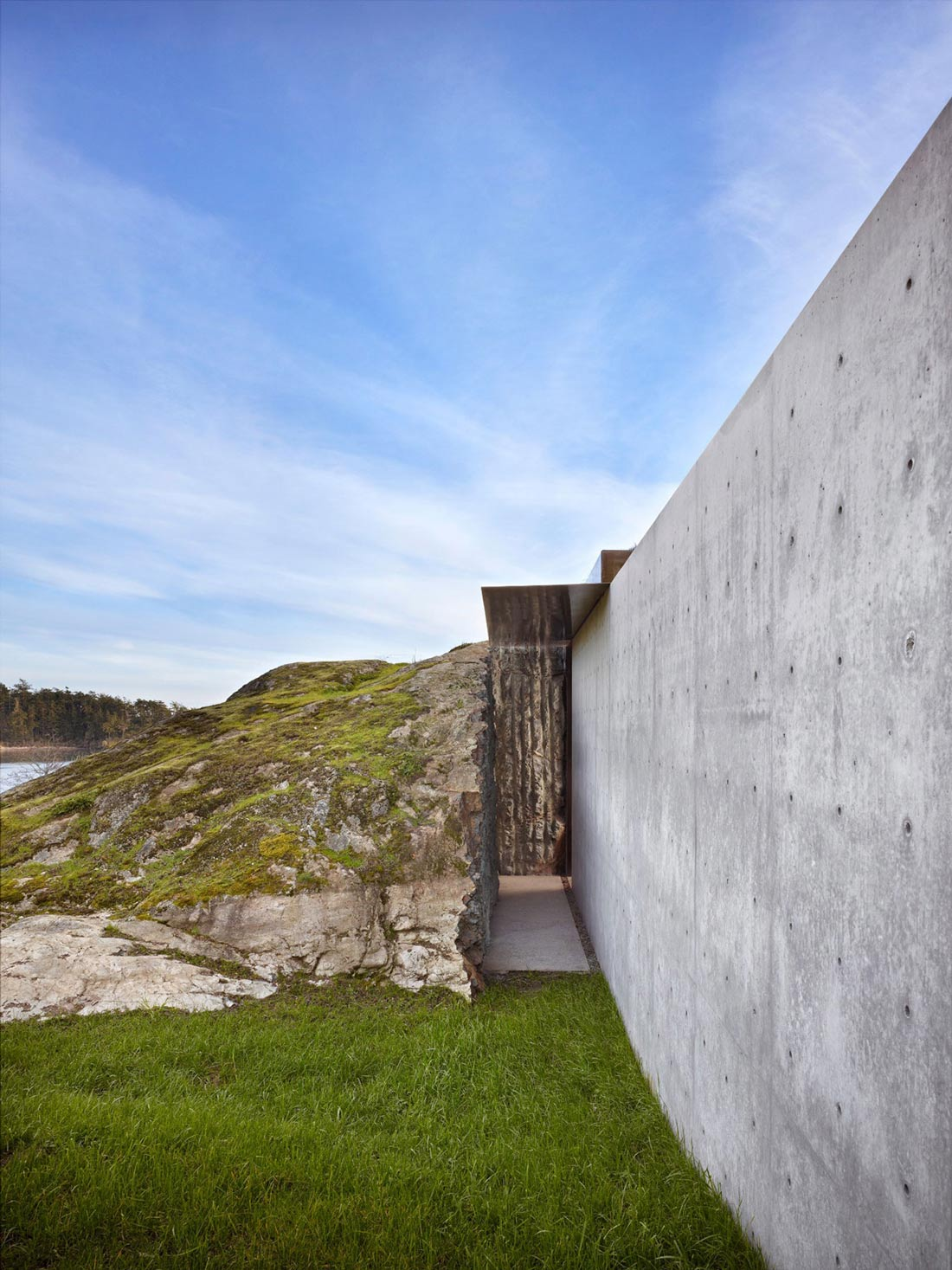 Exposed Concrete Wall, The Pierre on San Juan Island by Olson Kundig Architects