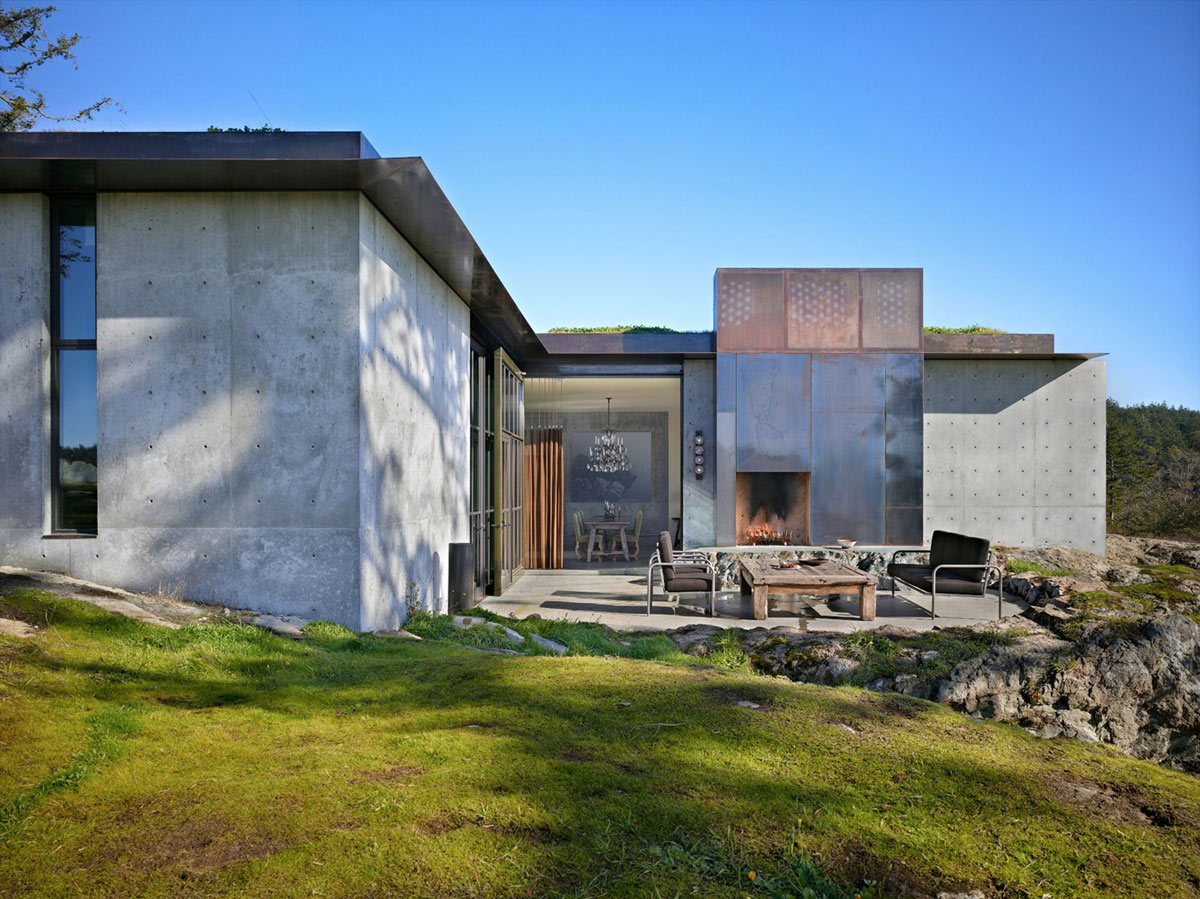Outdoor Fireplace, Terrace, Outdoor Living, The Pierre on San Juan Island by Olson Kundig Architects