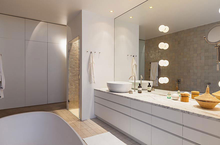 Bathroom, Stylish Apartment in Stockholm, Sweden