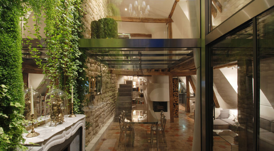 Courtyard View, Stylish Two-Floor Apartment in Paris, France