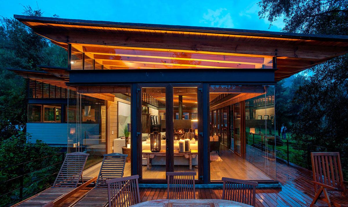 Terrace, Patio Doors, Lighting, Stunning Home in Valle de Bravo, Mexico