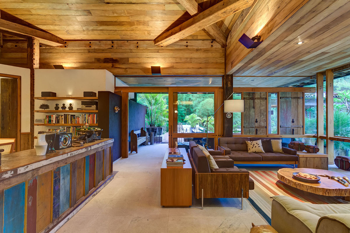 Sofas Lighting Open Plan Living Charming Rustic House