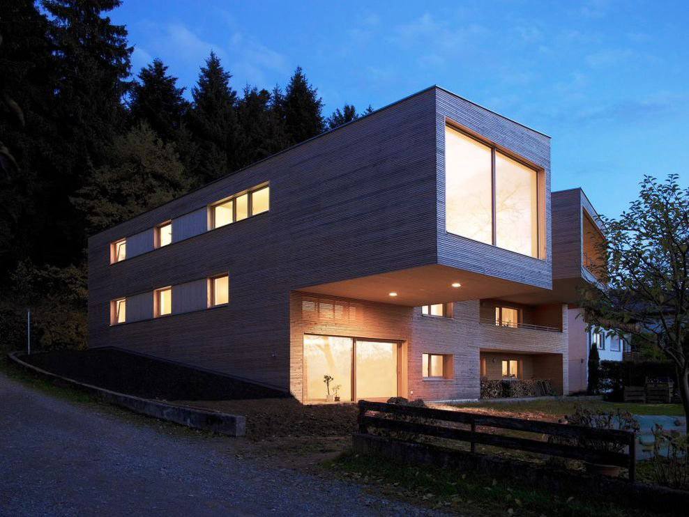 Cantilever, Modern Countryside House on Lake Constance, Austria