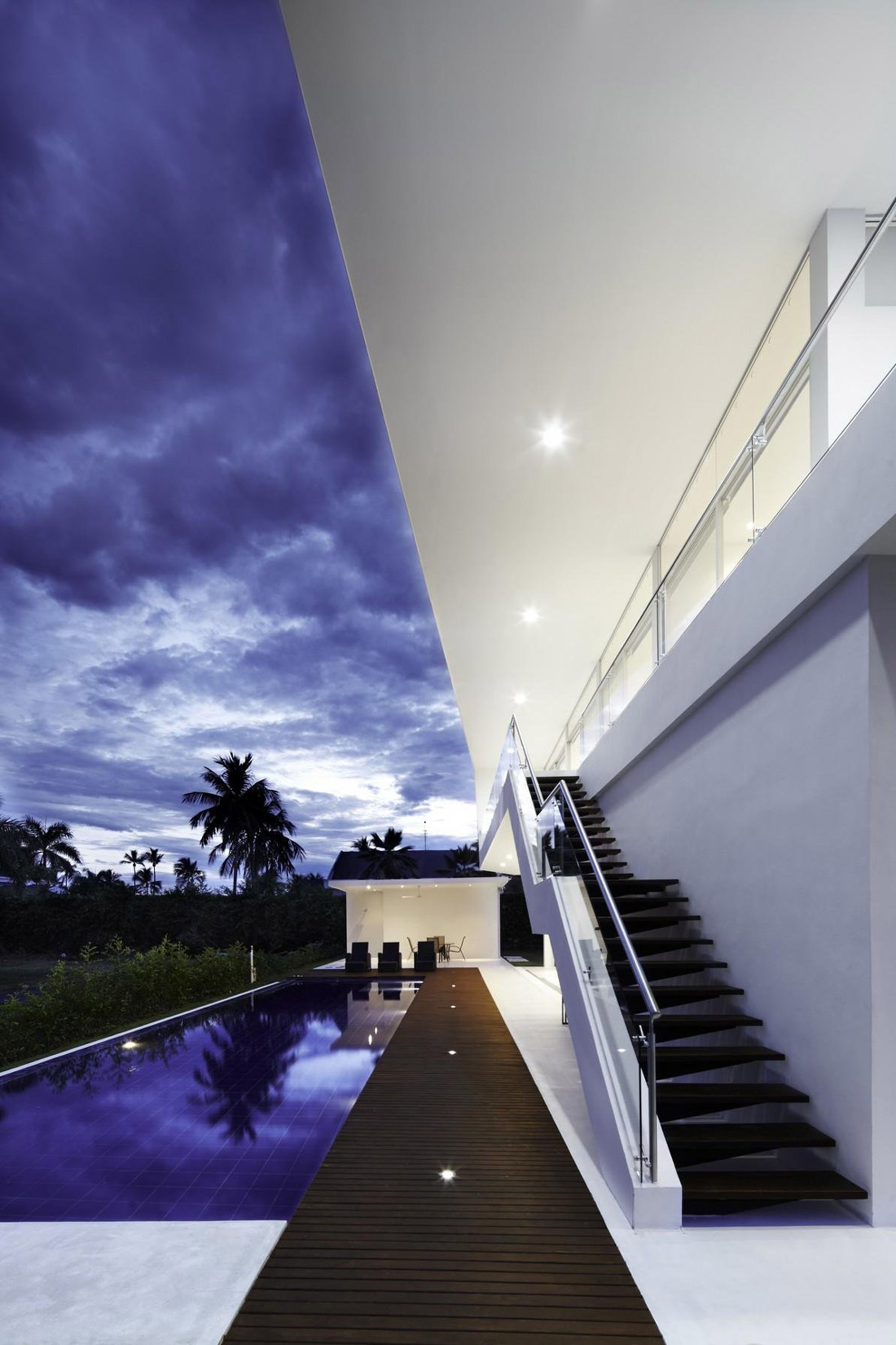 Pool, Terrace, Stairs, Modern House in Girardot, Colombia
